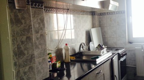 Apartament 4 camere Cetate