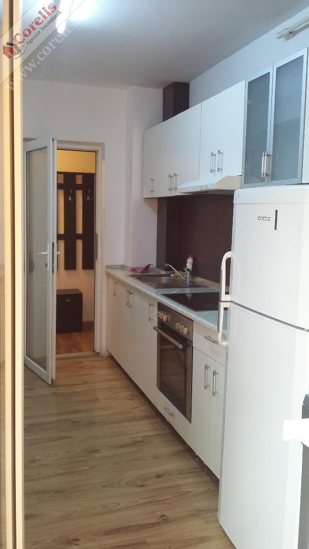 Apartament 3 camere Cetate