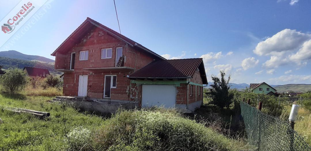 Casa 3 dormitoare, in constructie, zona Micesti.